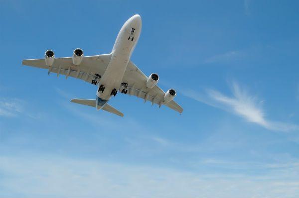 Airliner flying overhead